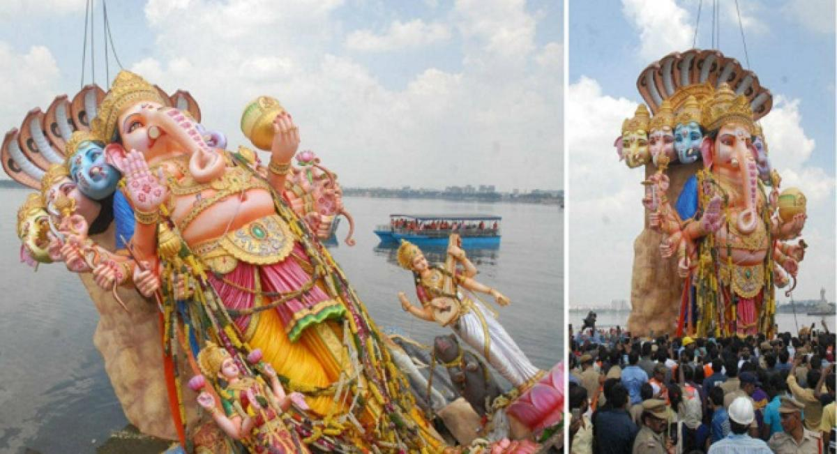 Khairatabad Ganesh immersed within 6 hours by using ARD technology