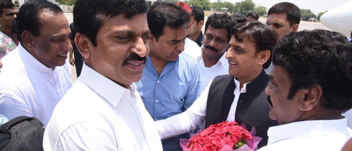 MP Ponguleti welcomes Akhilesh Yadav