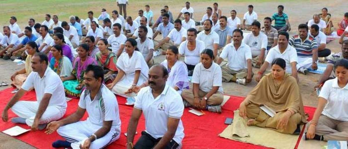 Meditation classes for cops held in Khammam