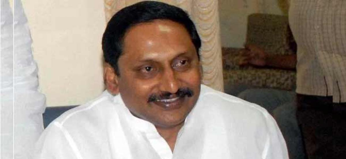 Jagan cannot reach public with Padayatra: Former CM Nallari Kiran
