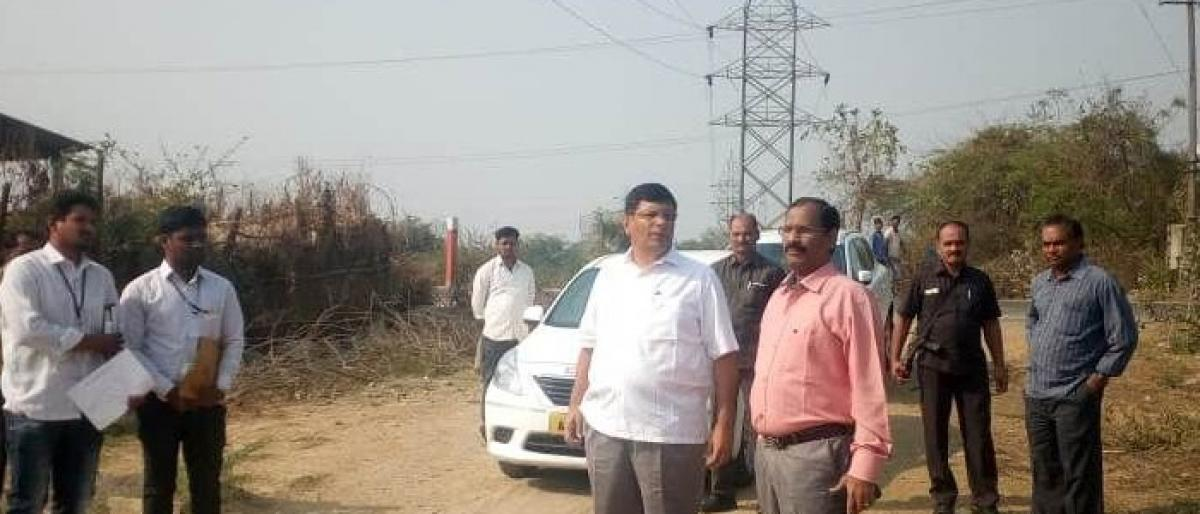 MLA inspects road