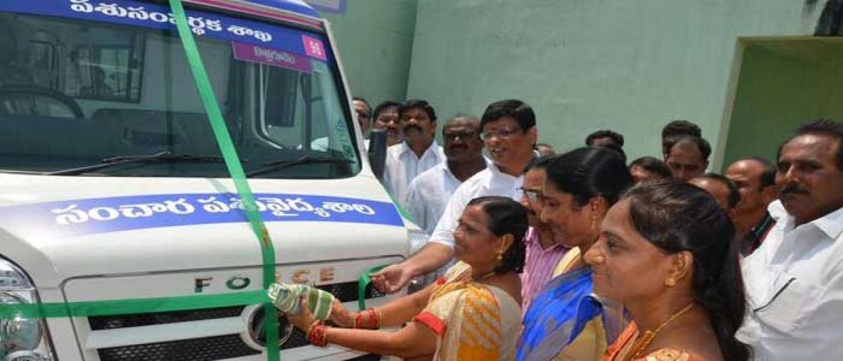 Kothagudem MLA flags off mobile veterinary clinic