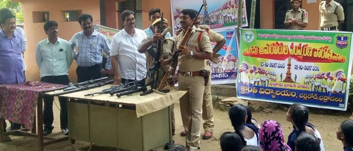 Cops take out rally in Kothagudem