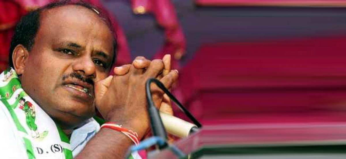 Senior Congress leader accuses some party leaders of tormenting CM HD Kumaraswamy