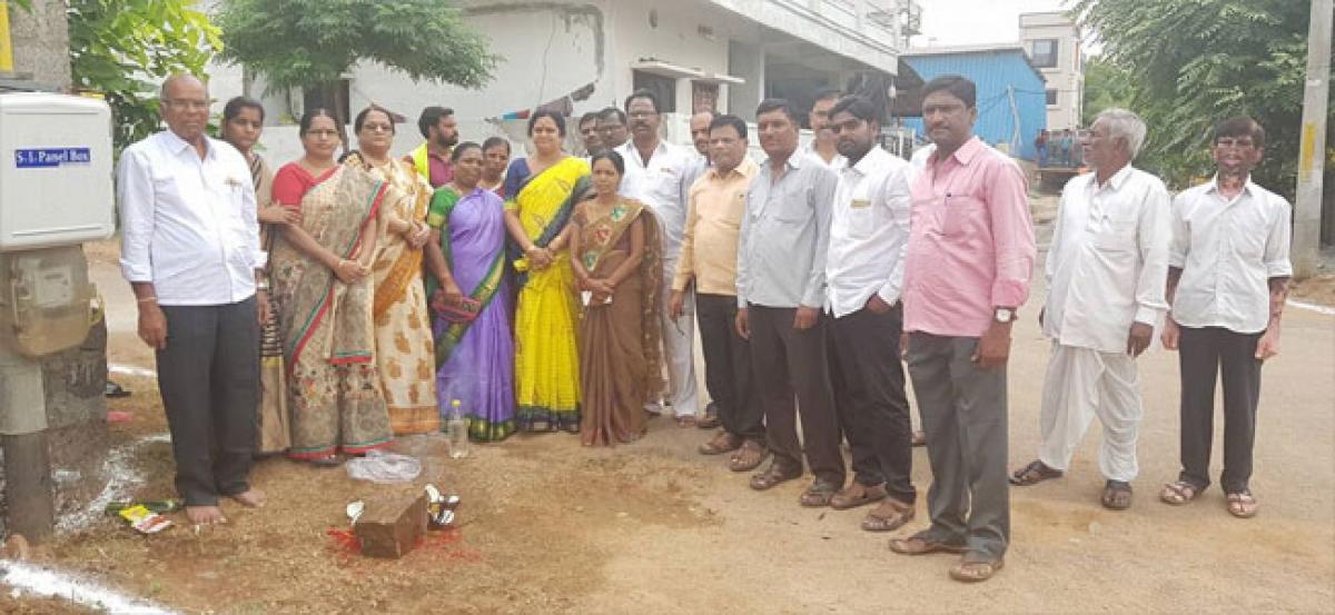 Lakhsmi Prasanna lays foundation for UGD