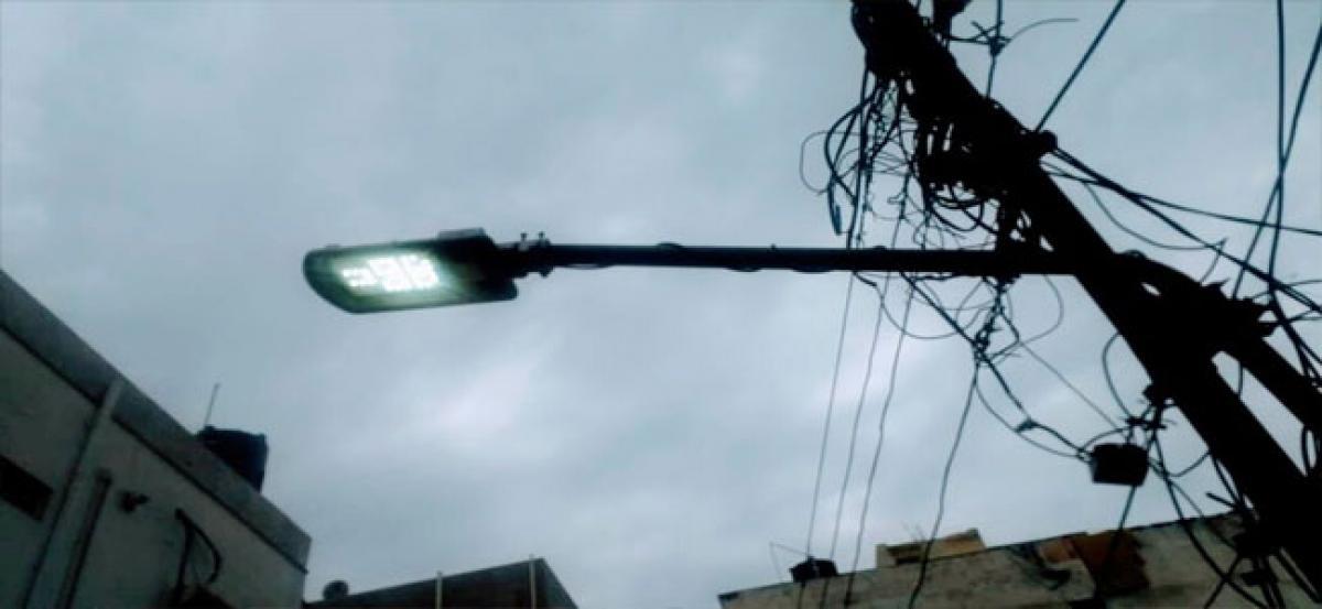 Street lights on 24/7