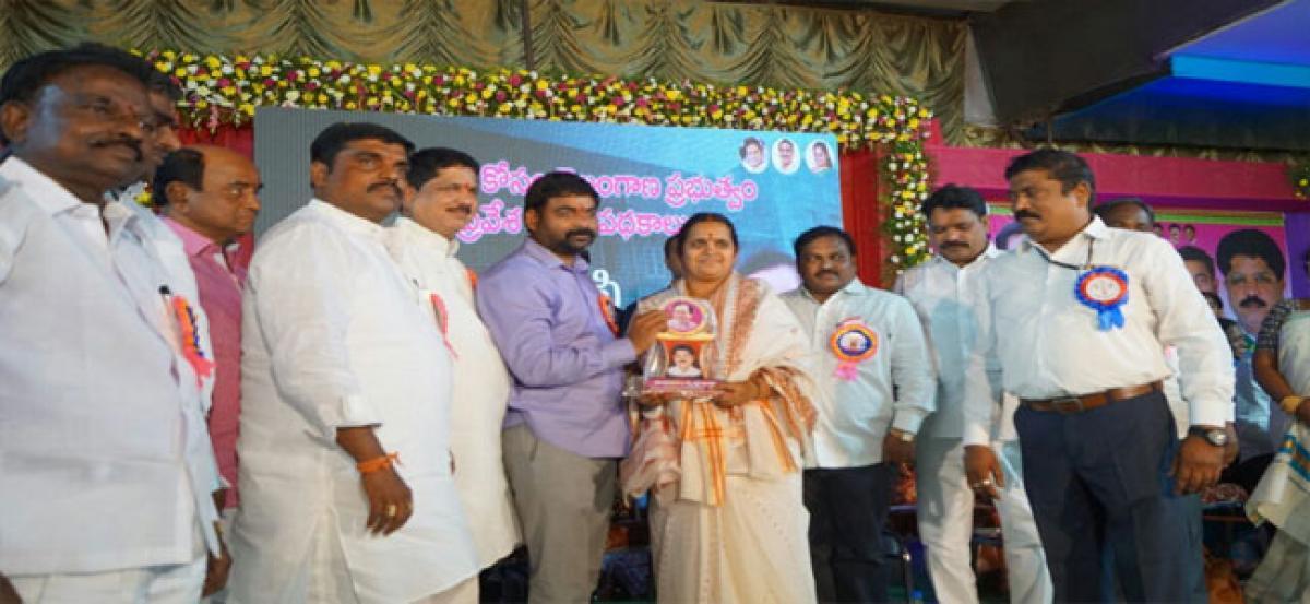 Moosapet received ` 50 lakh under CMRF: MLA Madavaram