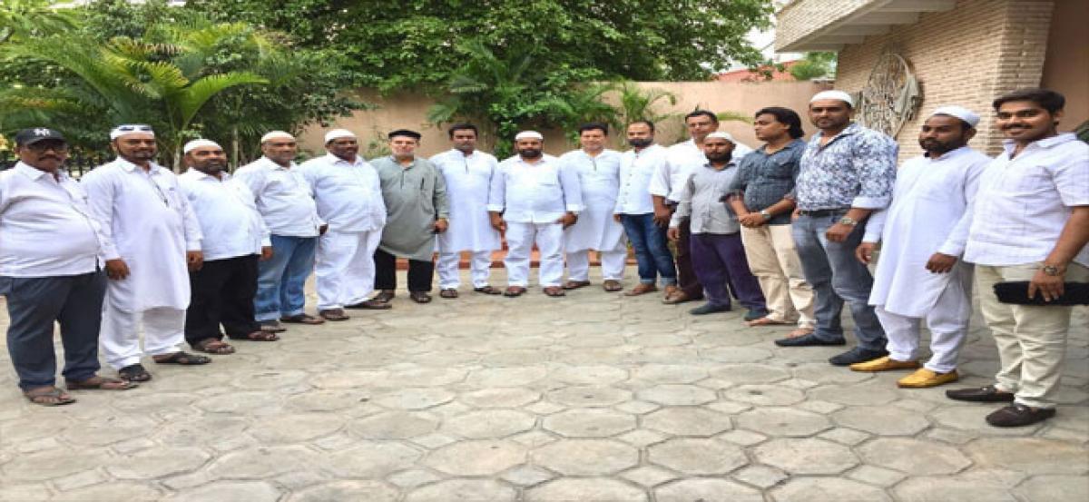 Govardhan reviews iftar arrangements