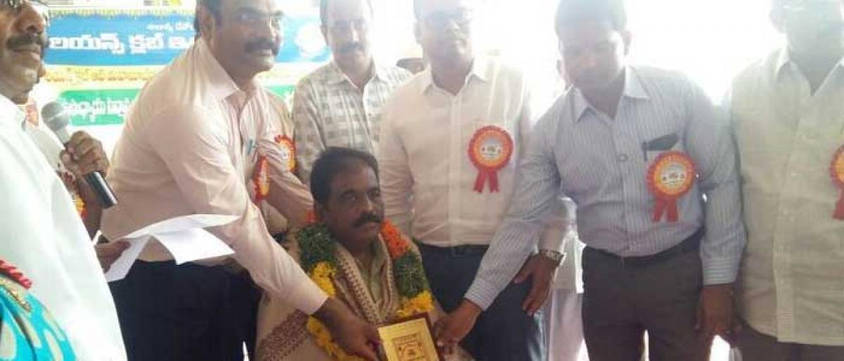 Teachers felicitated