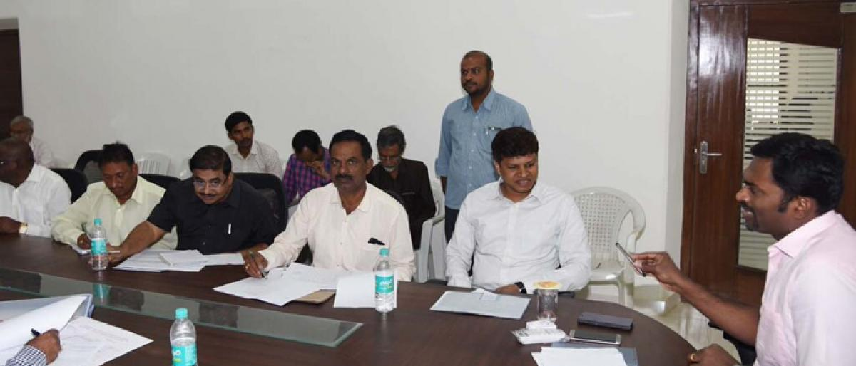 Mahbubnagar Collector orders acceleration of land acquisition