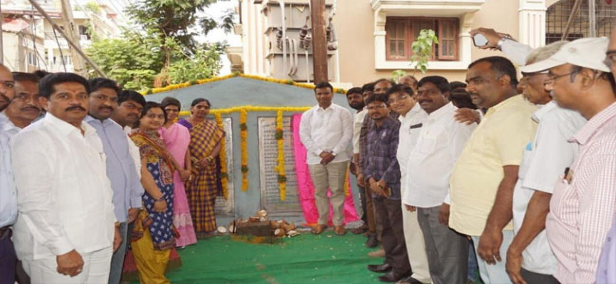 MLA lays foundation stone for drinking water pipeline