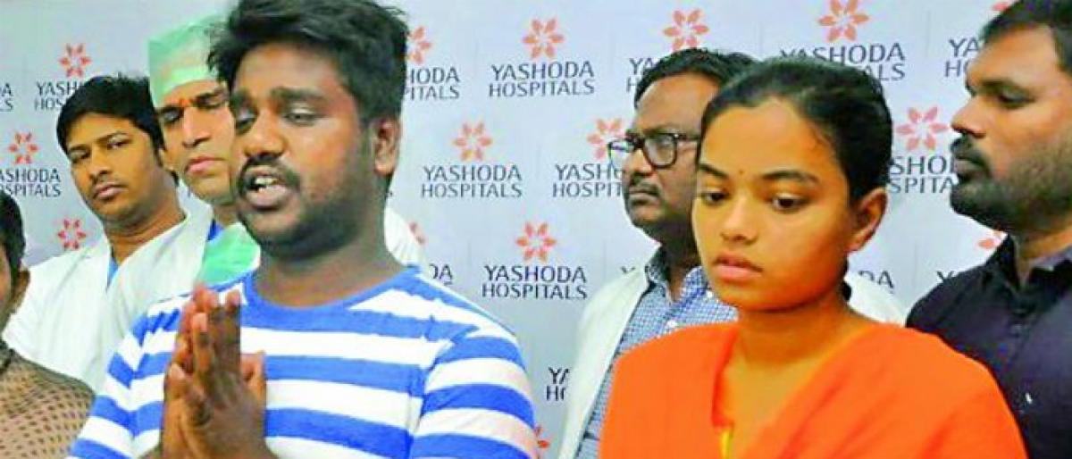 Madhavi who attacked by her father at Erragadda discharged from Hospital