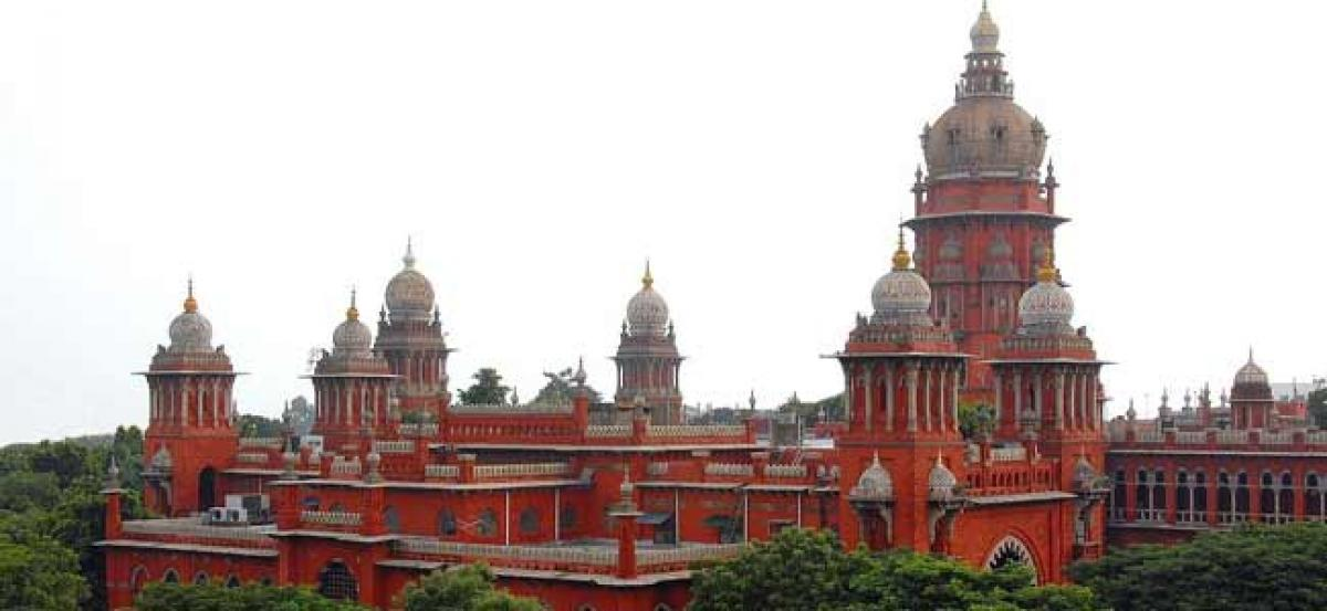 Supreme Court appoints third judge on AIADMK MLAs disqualification case