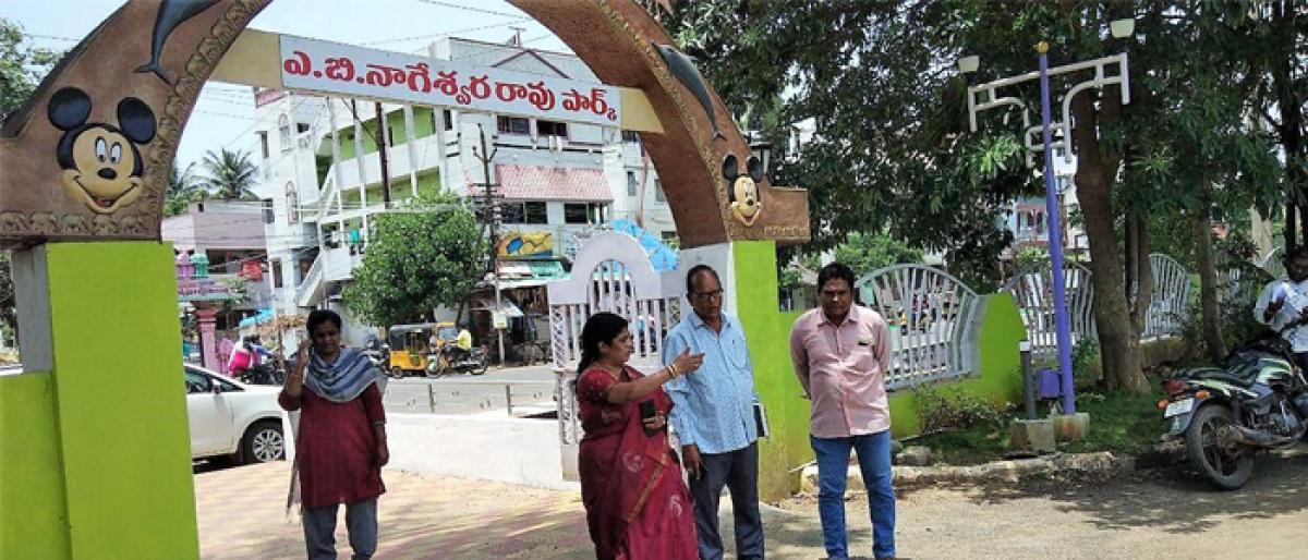 Mayor PRS Sai for quality in development works in Rajamahendravaram