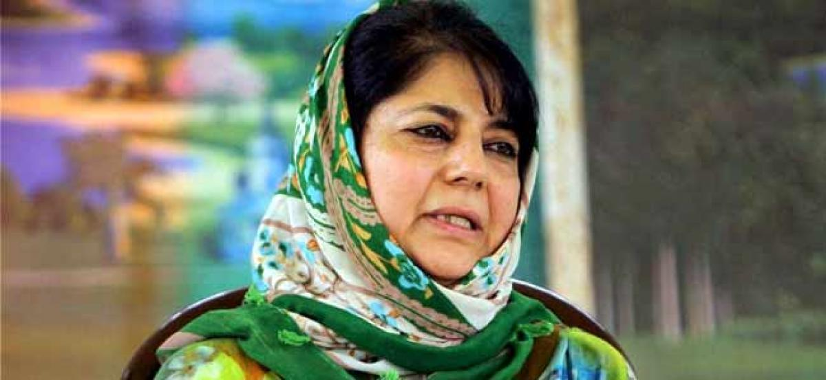 J-K: Mehbooba for better relations with Imran Khan