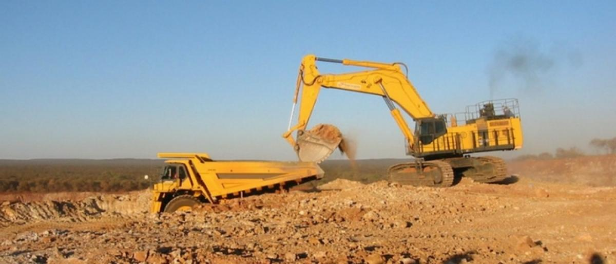 Govt to slap notices on mining firms