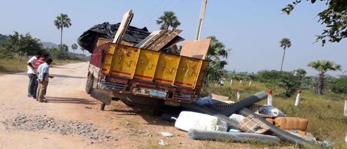 Choutuppal Missing lorry found in Ranga Reddy district