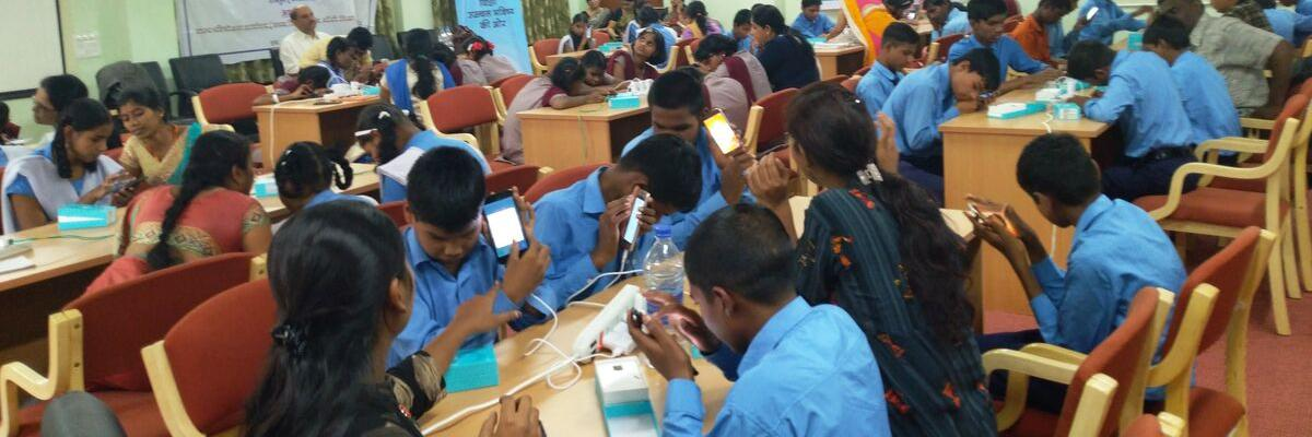 Using mobile phones to educate visually-impaired students
