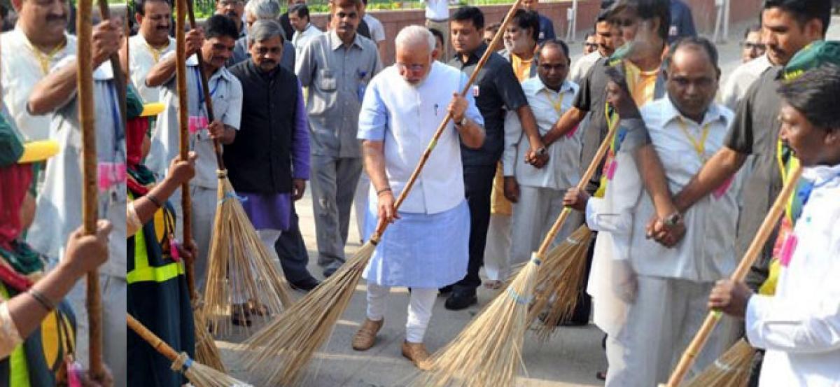 Centre deplores UN Rapporteurs comments on Mahatma Gandhi, sanitation programmes in India