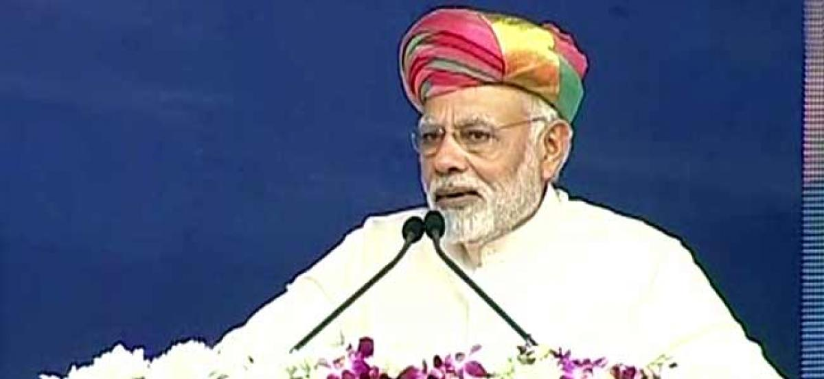 Congress learnt divide and rule policy from British: PM Modi
