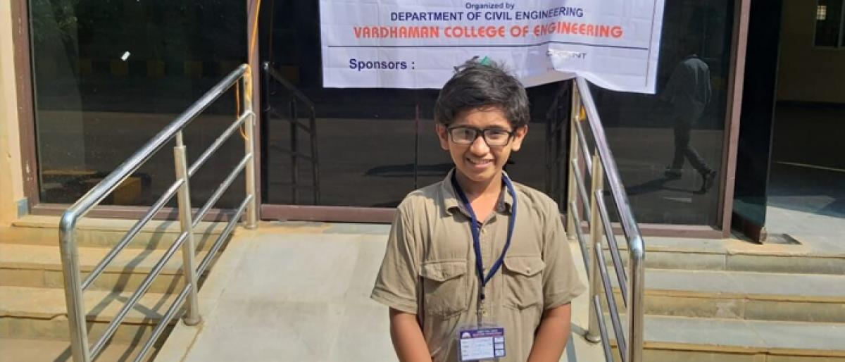 12-yr-old teaches techies for free