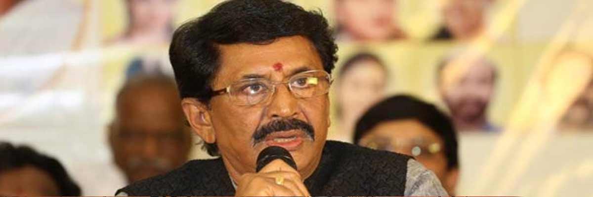 AP CM congratulates MP Murali Mohan for mobile cancer vehicle