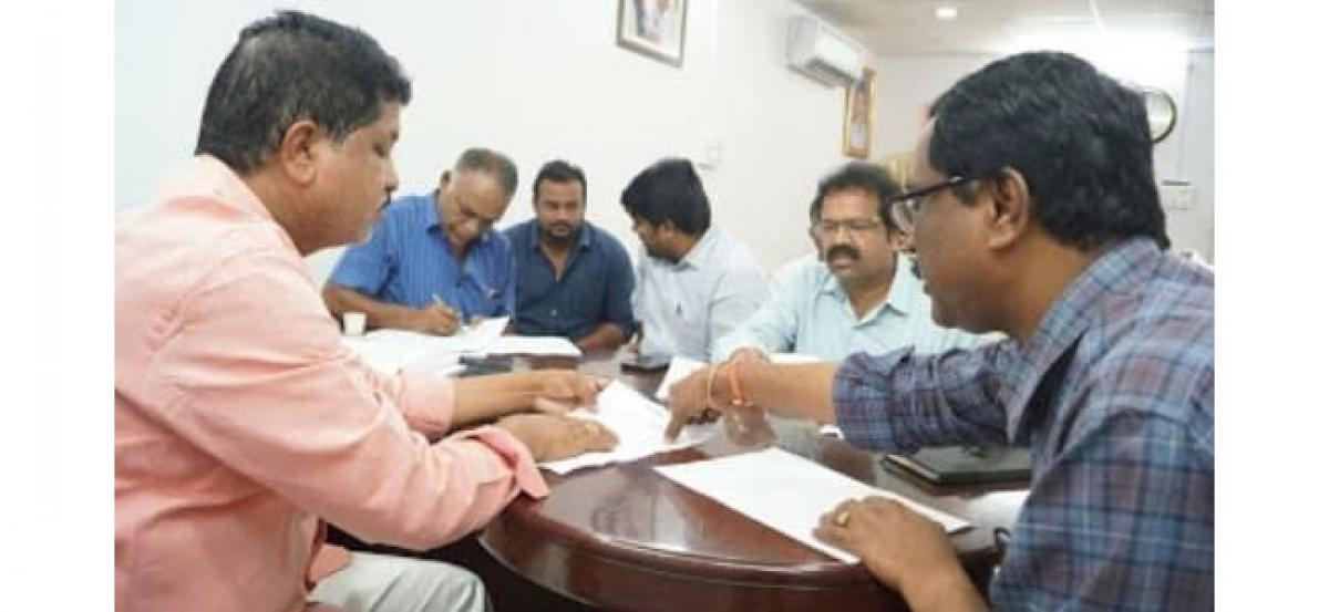 MLA orders GHMC officials to expedite nala works