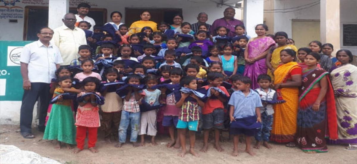 Students asked to strive hard for better future