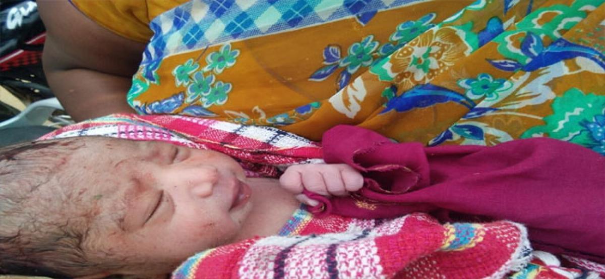 Newborn baby girl found in garbage, hospitalised