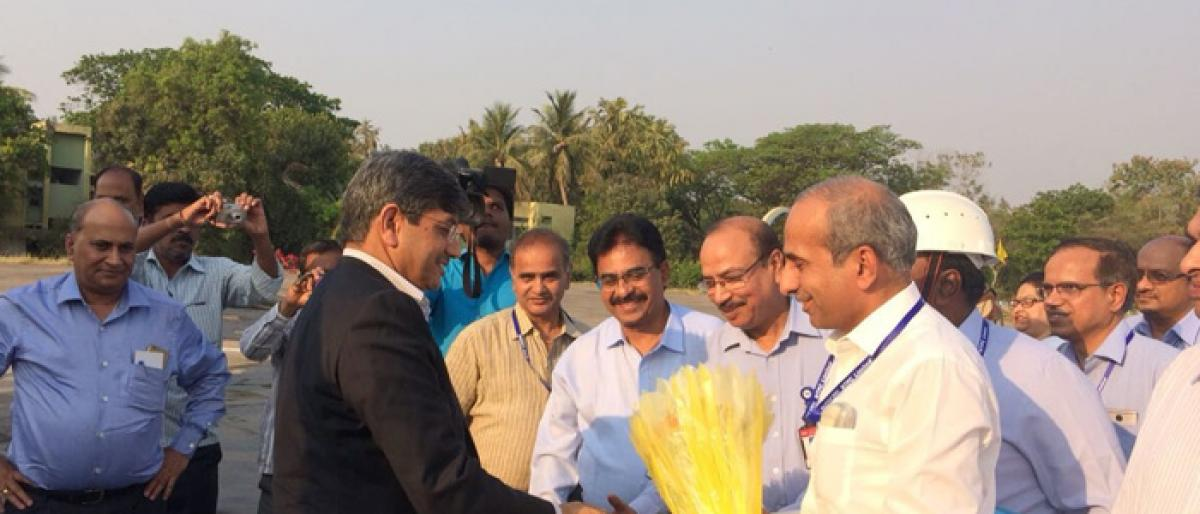 NTPC CMD reviews projects