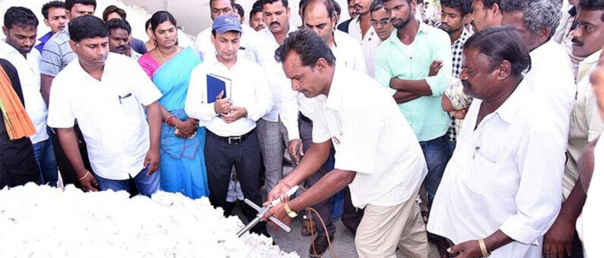 Nalgonda Collector inspects paddy, cotton buying in Chityala