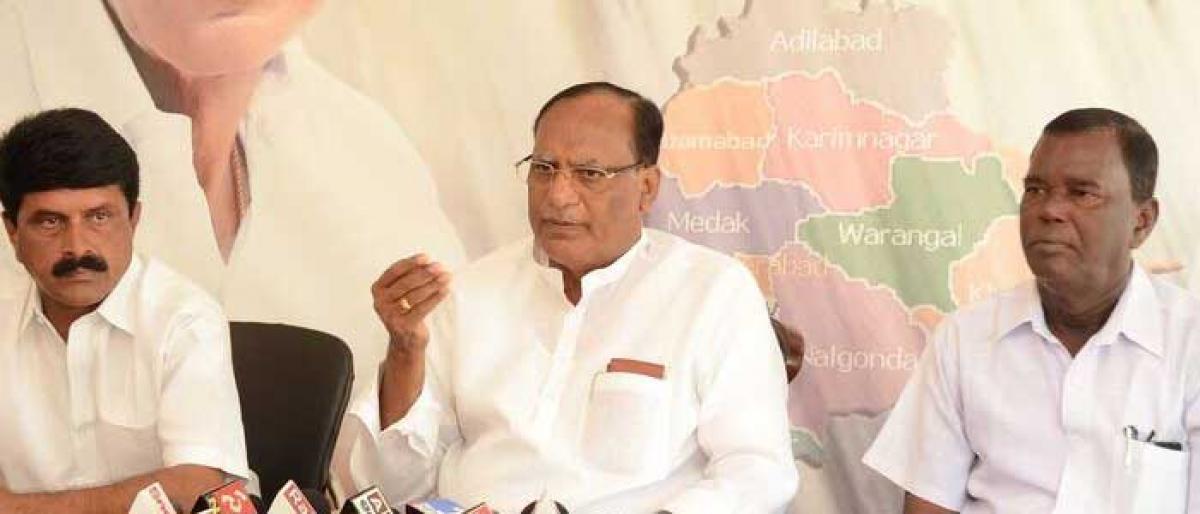 Opposition slammed for creating ruckus during saree Bathukamma distribution