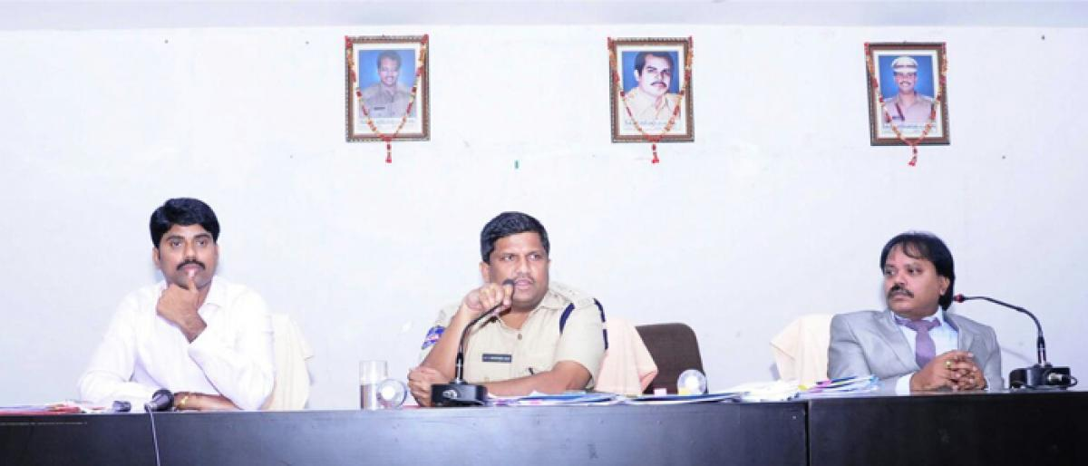 Police told to maintain cordial relations with denizens