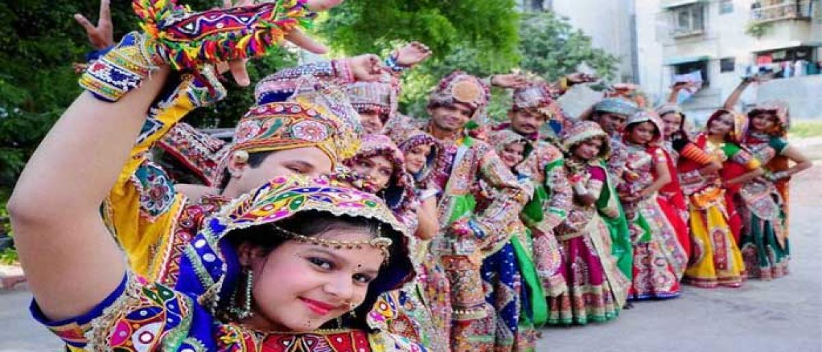 Vibrant & beautiful: festival of Navratri
