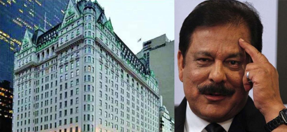 Qatar to buy Saharas New York Plaza Hotel for $600 million