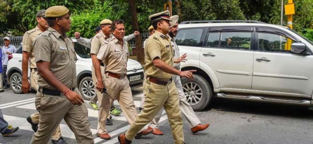 Noida Couple Kills Pregnant Neighbour, Stuffs Body In Suitcase
