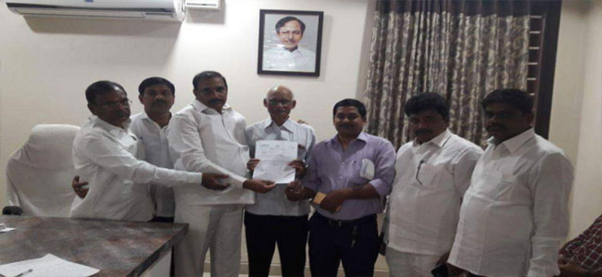 MLA hands over CMRF cheques