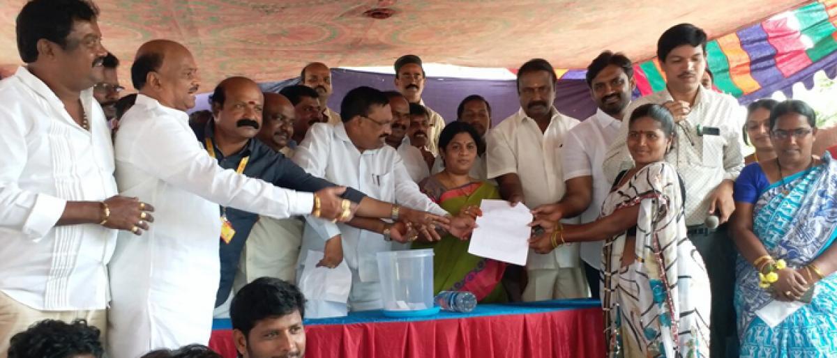 House site pattas distributed in Rajamahendravaram
