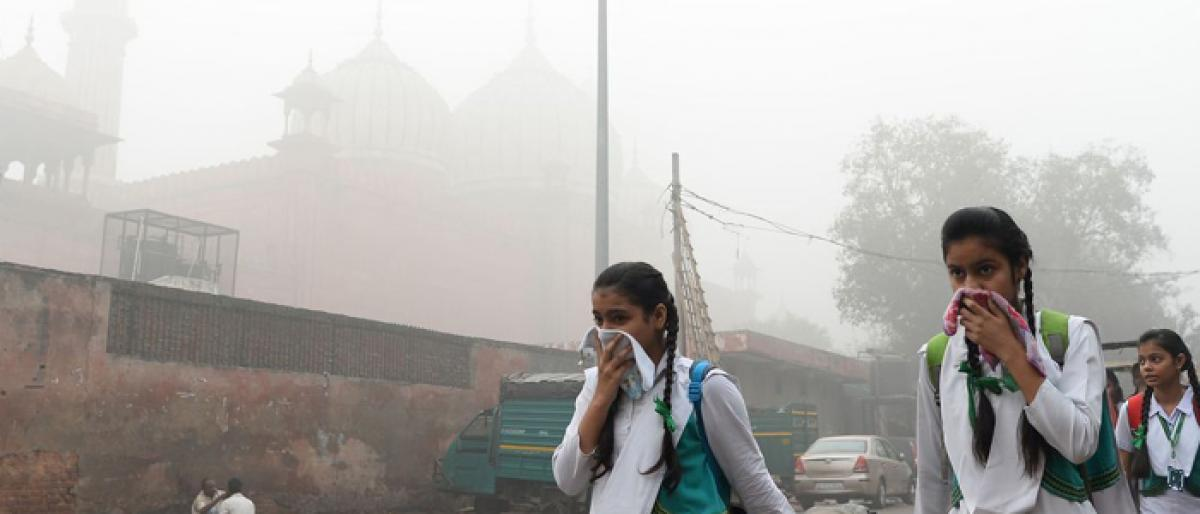 Toxic air attacks wombs, cradles in India