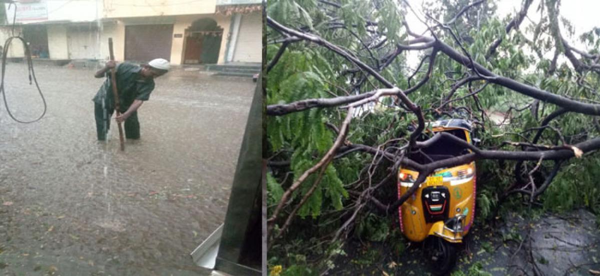Sudden rains create havoc in city