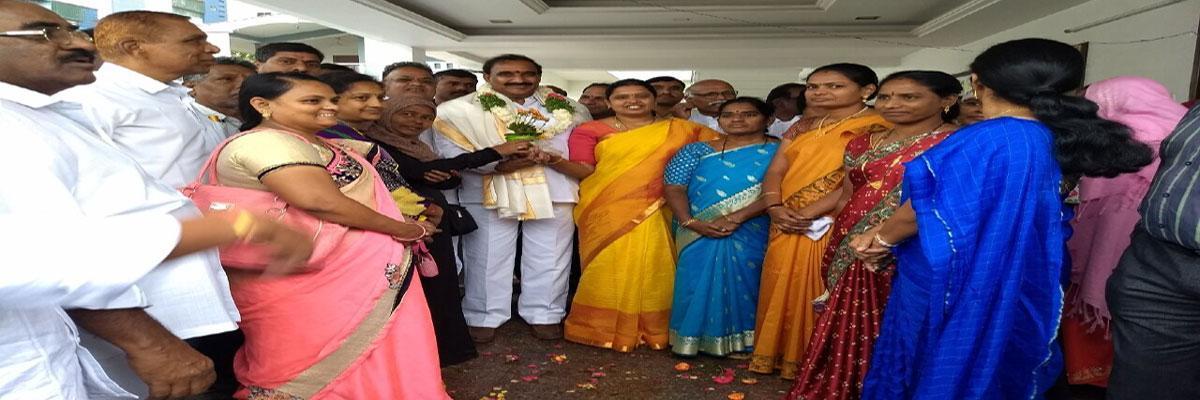 Congratulations pour in for Arekapudi Gandhi