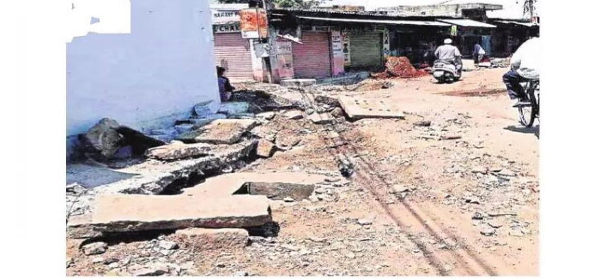 Locals demand GHMC act on incomplete developmental works