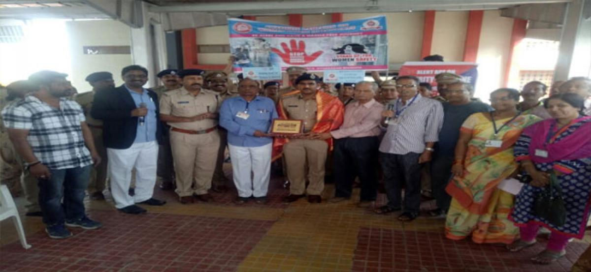 Use toll free numbers for safety: RPF DSP