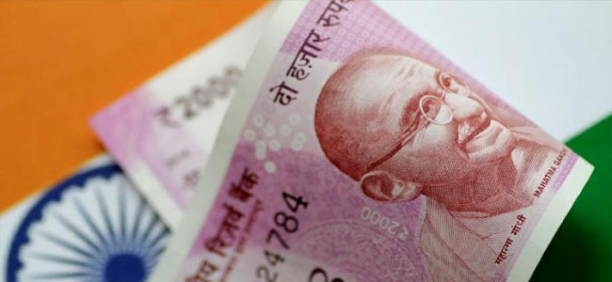Rupee falls 7 paise against US dollar in opening trade