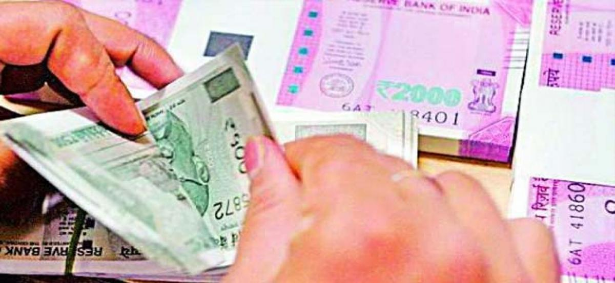 Rupee hits fresh all-time low of 71.79 against US dollar