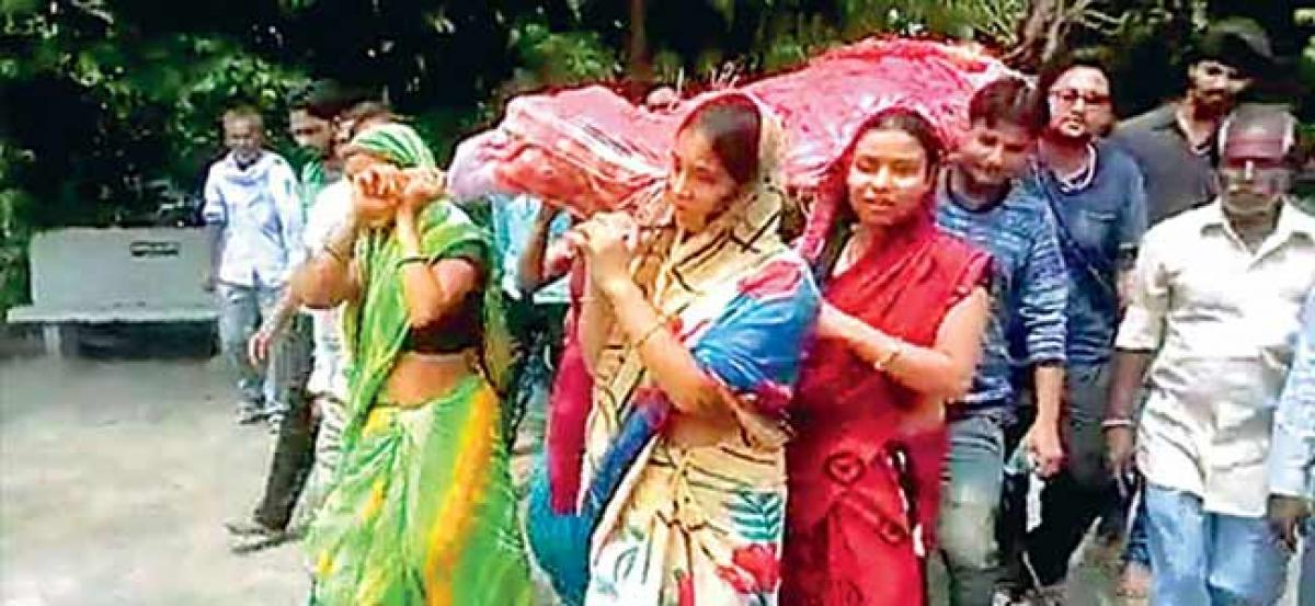 Rajasthan khap 'ostracises' family after daughters perform father's last rites