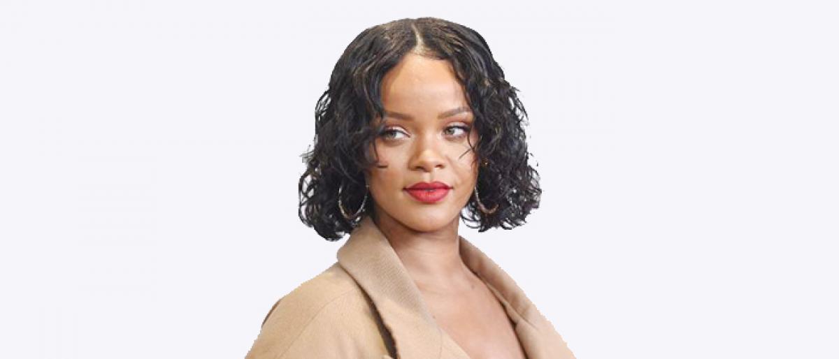 Rihanna breaks up with Hassan Jameel