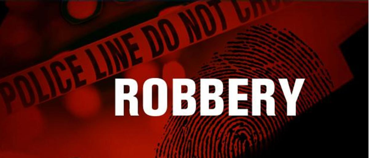 Thieves robbed a businessman house at Mailardevpally