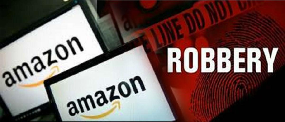 Five held for robbing vans carrying Amazon products in Delhi