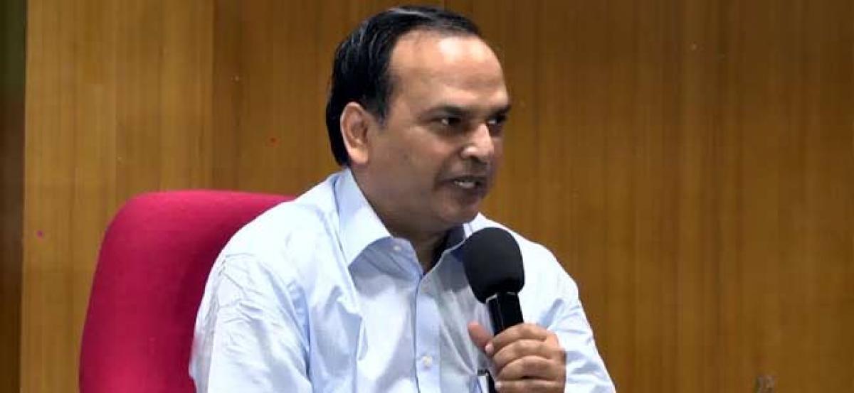 CS invites tech companies to invest in Telangana